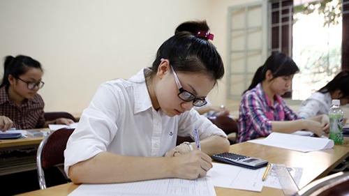 Thí sinh chuẩn bị cho kỳ thi THPT Quốc gia 2017