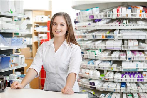 Dược sĩ không chỉ gò bó trong quầy thuốc như nhiều người lầm tưởng