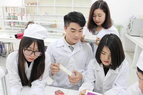 Tuyển sinh Cao đẳng Y Dược chính quy Hà Nội năm 2018 có gì thay đổi?