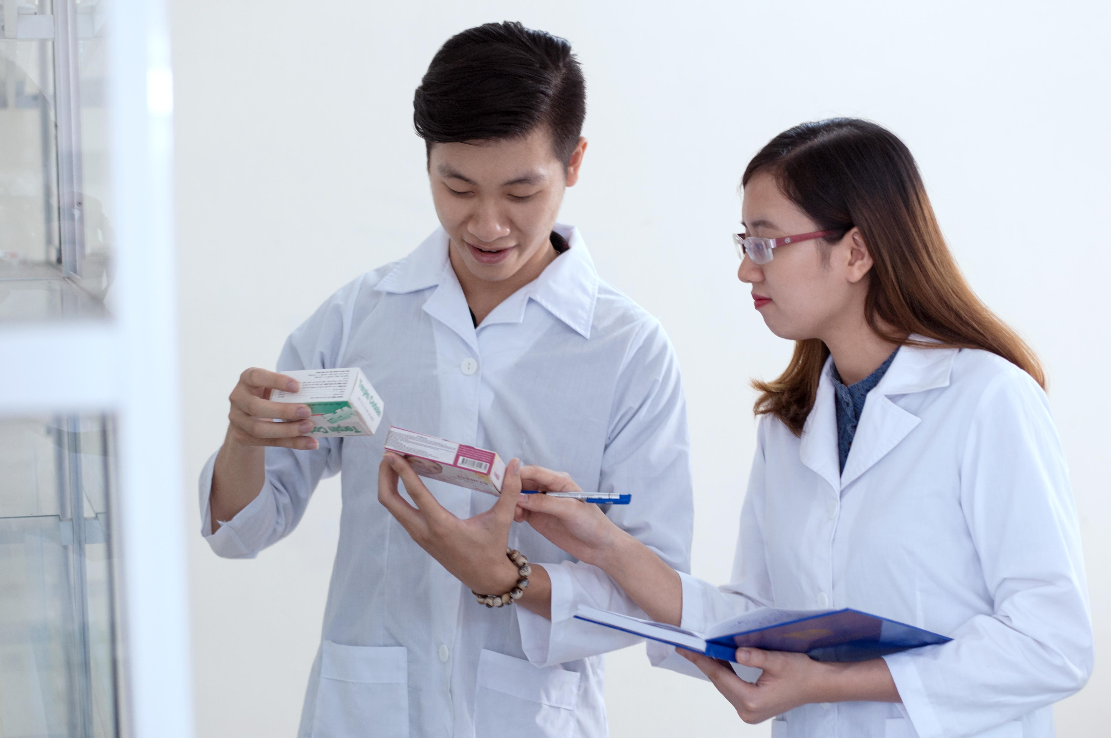 Liên thông Cao đẳng Dược giúp nâng cao trình độ người học