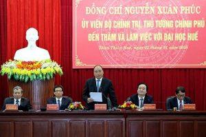 Thủ tướng khẳng định giáo dục Việt Nam chưa thể tự chủ hoàn toàn
