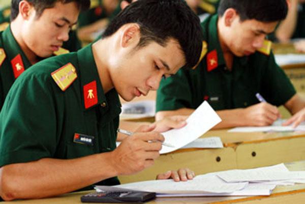 Đồng loạt xét tuyển khối A1 các trường Quân đội năm 2018