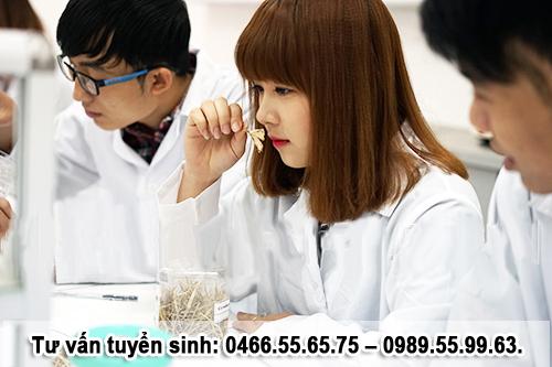 Địa chỉ nộp hồ sơ xét tuyển Cao đẳng Dược Hà Nội năm 2017