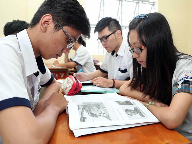 Có rất nhiều ý kiến trái chiều xung quanh vấn đề nhập khẩu giáo dục