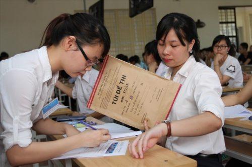 Năm nay những cán bộ coi thi phải là người có chuyên môn và đã được phổ biến quy chế coi thi