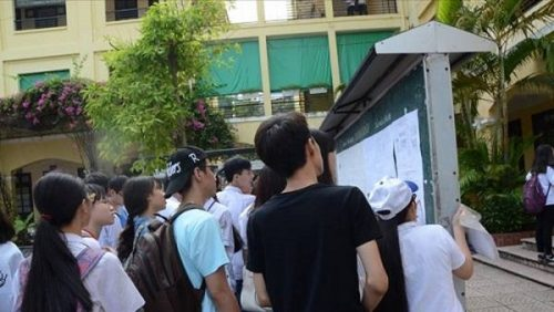Điểm chuẩn các trường CĐ,ĐH ở Hà Nội năm nay sẽ giảm từ 2 đến 3 điểm