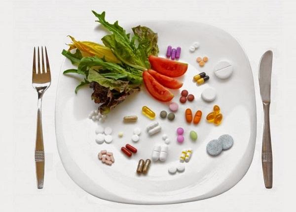 <center><em>Những loại thuốc và thực phẩm kị nhau không nên kết hợp</em></center>